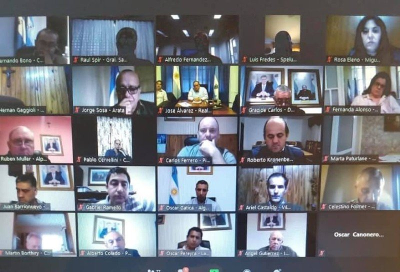 Por otras excepciones: Celestino Folmer en videoconferencia con el gobernador